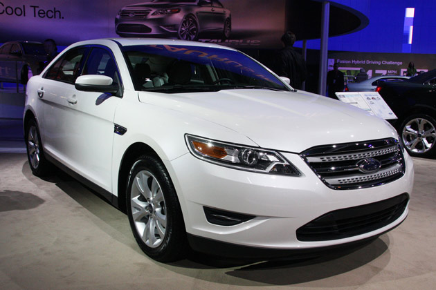 Ford Dealer San Antonio >> Ford Taurus Named International Car Of The Year At La Auto
